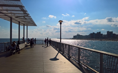 Pier in New York - water, New York, piers, benches, sunshine, America