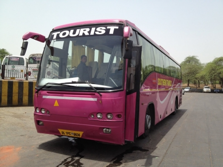 southern travels tourist bus