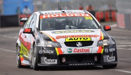 townsville 400 - holden, race, townsville, commodore