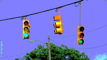 Everyone's Favorite Color :D - green, light purple, violet, traffic lights, Traffic Signals nSigns, light, treetop, street 1ight, stop lights, street light