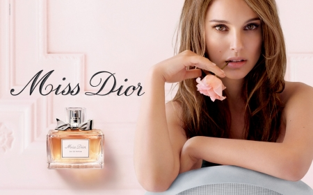 Natalie Portman - perfume, rose, bottle, add, girl, actress, Natalie Portman, hand, flower, commercial, pink, miss dior