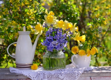 Floral Decoration - table, garden, flowers, spring, can