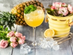 Pineapple Juice with Flowers