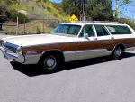 1970 Chrysler Town & Country Station Wagon