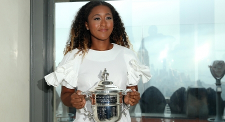 Silver & White - White, Champion, Japanese, American, US Open, Naomi Osaka, New York City, Trophy, Window, Skyscrapers, rain, blue