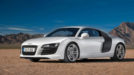 2007 Audi R8 - white cars, vehicles, Audi R8, cars, desert, front view