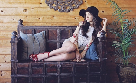 Kelli Berglund02 - celebrity, cool, actress, model, people, beauty, fun, Kelli Berglund