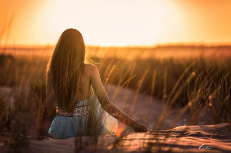 A New day ♥ - woman, sunlight, sun, beauty, sunrise, beautiful