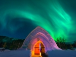 Igloo under the Aurora, Fairbanks Area