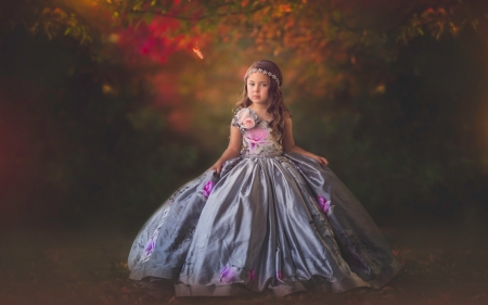 Little girl - dainty, sightly, sweet, kid, photography, green, people, beauty, child, face, pink, bonny, Belle, lovely, comely, pure, blonde, skirt, baby, cute, tree, girl, nature, childhood, princess, white, pretty, Dancing, adorable, nice, wallpaper, Hair, little, dress, DesktopNexus, beautiful, fair