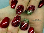 Red And Green Nail Art