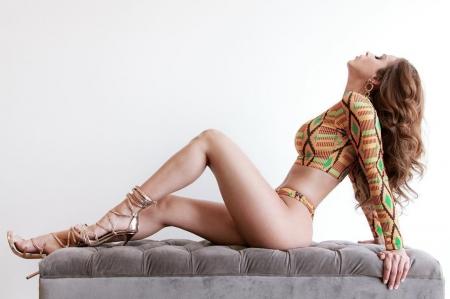 Sexy yanet garcia Yanet García