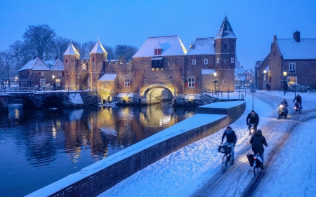 Amersfoort, Utrecht, Netherlands - gate, bicycles, Netherlands, winter, snow