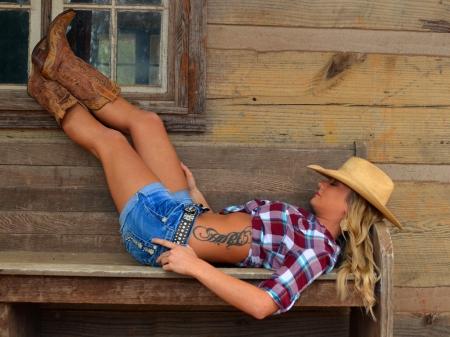 """Résultat de recherche d'images pour """"cowgirl sleeping"""""""