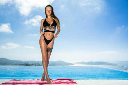 ~ Models Liya Bikini Background Femaleamp; Silver Model People yfIYg76bv