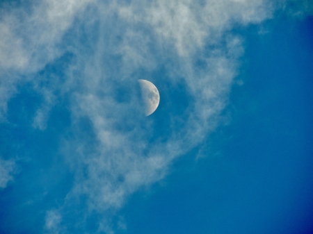Moon And Clouds - Clouds, Moon, Sky, Space, Photography