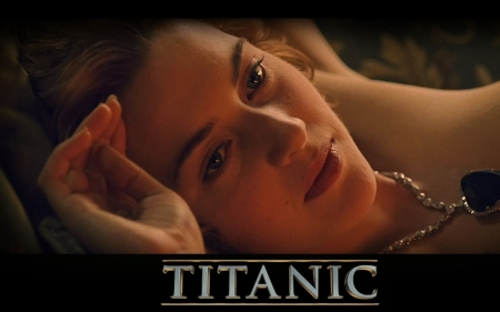 Titanic 1997 - poster, titanic, actress, girl, hand, Kate Winslet, face, woman, movie