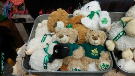 A Tubful of Irish Cuties - Saint Patrick, shamrocks, shamrock, Saint Patricks Day, Irish, Ireland, plush animals, sheep, teddy bears, clovers, St Patrick, c1over