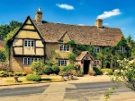 Old Swan Inn in the Cotswold Village, Oxfordshire