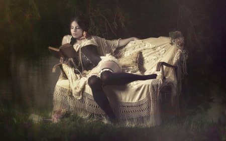 Vintage Lady Reading a Book - Black and white, lady, woman, model, victorian, Lovely, softness, Brunette, alluring, couch, Vintage, feminine