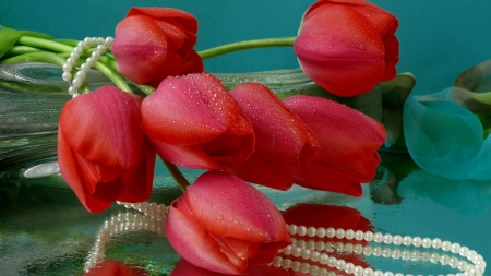 red tulips and pearls - pearls, tulips, still life, photography, beauty, flowers