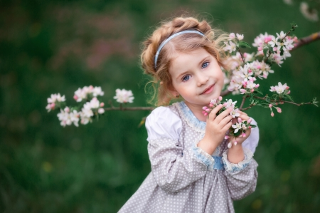 :-) - girl, hand, flower, child, spring, sakura, little, cute, green, copil, pink