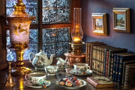 The tea party - Style, Lamp, Window, Cookies, Books