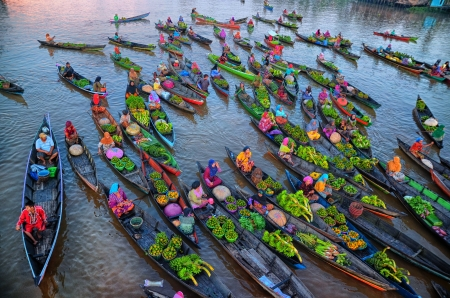 Market on the water - people, canoe, vegetables, market, colorful, view from the top, water, boat, green, pink, blue