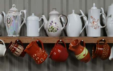 Tea Pots - decorative art, porcelain, dishes, tea pots