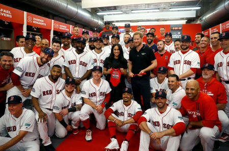 The Red Sox - Red Sox, team photo, royals, Megan, London Series, smiles, Duchess of Sussex, Harry HRH Duke of Sussex, Inviticus