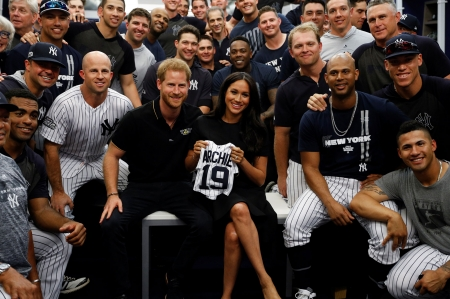 The Yankees - Megan, Black and White, smiles, Custom made jersey, Archie, Harry, Duke and Duchess of Sussex, team photo, London Series, New York Yankees, MLB