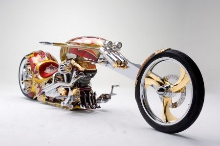 Yamaha Roadster BMS Chopper - yamaha, plated, gold, motorbike, chopper