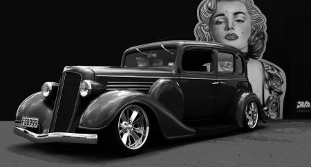 1935 Buick Sedan - sedan, car, Marilyn, buick, black and white, lowered, oldie