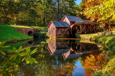 Mabry mill in autumn - countryside, forest, pond, fall, autumn, serenity, mill, beautiful, reflection
