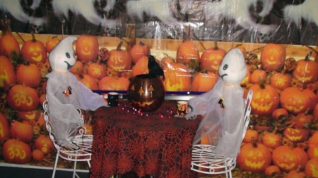 Ghosts and Pumpkins - Cups, Ghosts, Chairs, Pumpkins