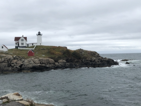 Nubble Lighthouse, Maine - Sea, Lighthouses, Landscape, Islands, Clouds, Oceans, Rocks, Nature