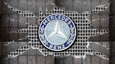 Cracked steel Mercedes Logo-2
