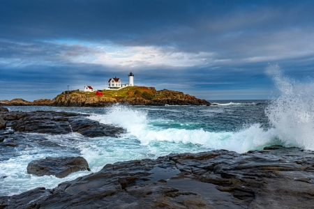 Nubble Lighthouse in Maine - Islands, Rocks, Oceans, Nature, Lighthouses