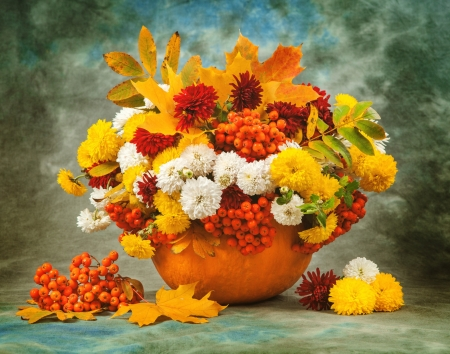 Autumn still life - colorful, fall, pretty, autumn, decoration, vase, beautiful, still life, leaves, berries, bouquet, arrangement, flowers