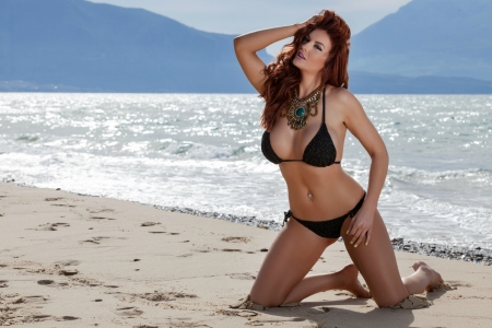 Gorgeous Tommie Jo - Models Female & People Background