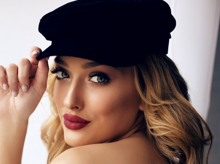 beauty with hat - woman, faces, models, female, beauty, red lips, hat