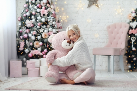 Christmas Hugs - room, pink, white, teddy bear, dmitry arhar, christmas, model, craciun, toy, tree, girl, hugs