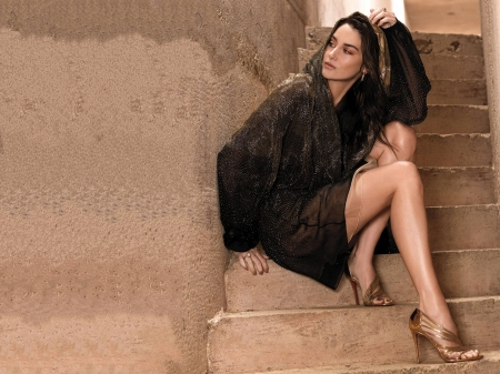Shailene Woodley - dress, legs, model, Shailene, stairs, beautiful, heels, 2019, actress, Woodley, feet, wallpaper, hot, Shailene Woodley