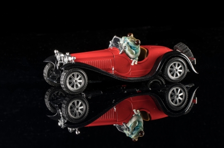 :) - retro, red, frog, bugatti, 1932, car, black, vintage