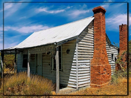OLD HOUSE...VIC...AUSTRALIA - IMAGE, BUILDING, HOUSE, OLD