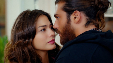 Erkenci Kus (2018–2019) - erkenci kus, Demet Ozdemir, girl, actress, sanem, tv series, can, Can Yaman, couple