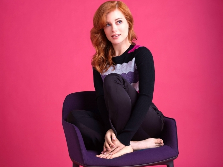 Jane Levy - Jane, model, beautiful, pants, sweater, actress, Levy, feet, wallpaper, 2020, hot, Jane Levy, chair