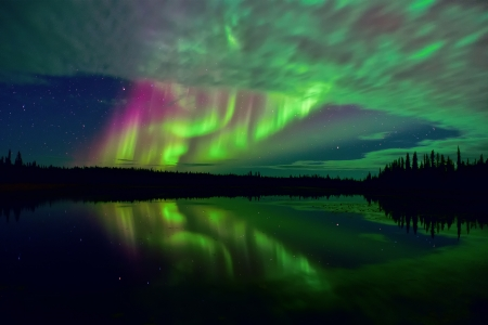 Northern lights - green, sky, blue, northern lights, water, aurora borealis