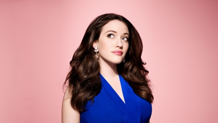Kat Dennings - actress, Kat Dennings, brunettes, pink background, blue dress, closeup