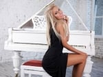 Platinum Blonde and her Grand Piano